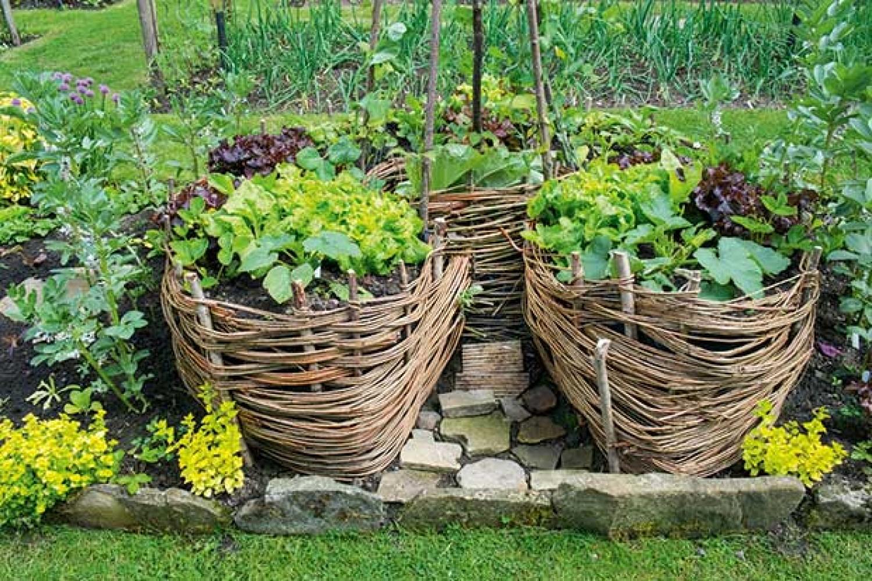 Új kertészeti irány: kulcslyuk-kert. Mutatjuk, hogy készül! (videó)