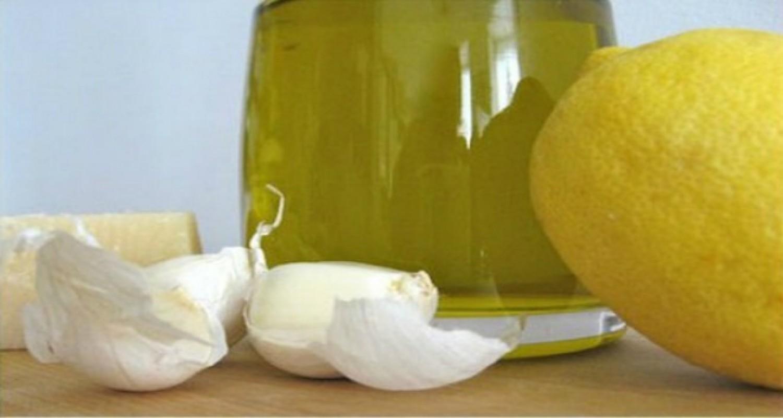 Érszűkület ellen: citromos-fokhagymás ital, amiből napi 1 kupica kell